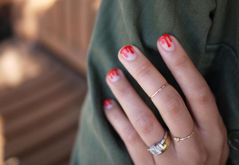 Кровавые ногти