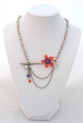 Ожерелье с ключом